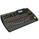 X32 32-kanaals 16-bus digitale mixer
