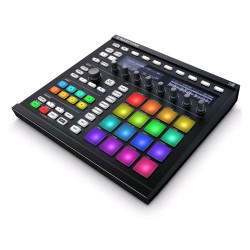 Maschine MKII drumpad en sampler